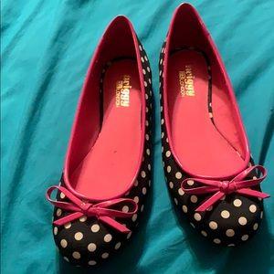 Womens Size 7W Black and White Polka Dot Shoes